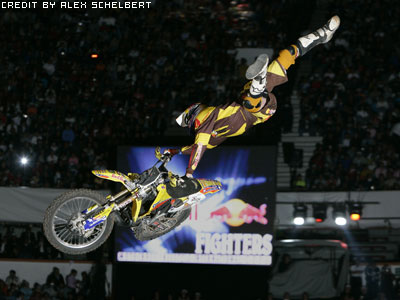 http://www.forty8.de/Stories/xfighters_mex06/pastrana.jpg