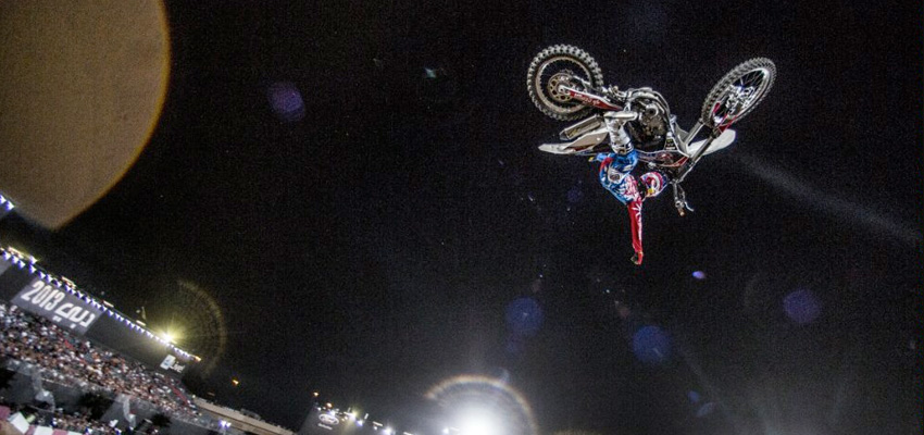 Dany Torres wins X Fighters in Dubai